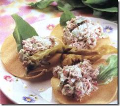 Tostadas de atún. Receta | cocinamuyfacil.com