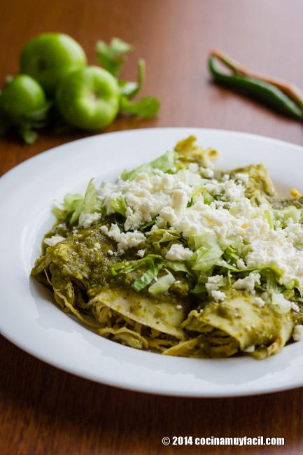 Enchiladas verdes. Receta   cocinamuyfacil.com