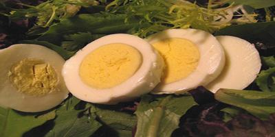 Bocadillo para el trabajo: Huevos hervidos y vegetales