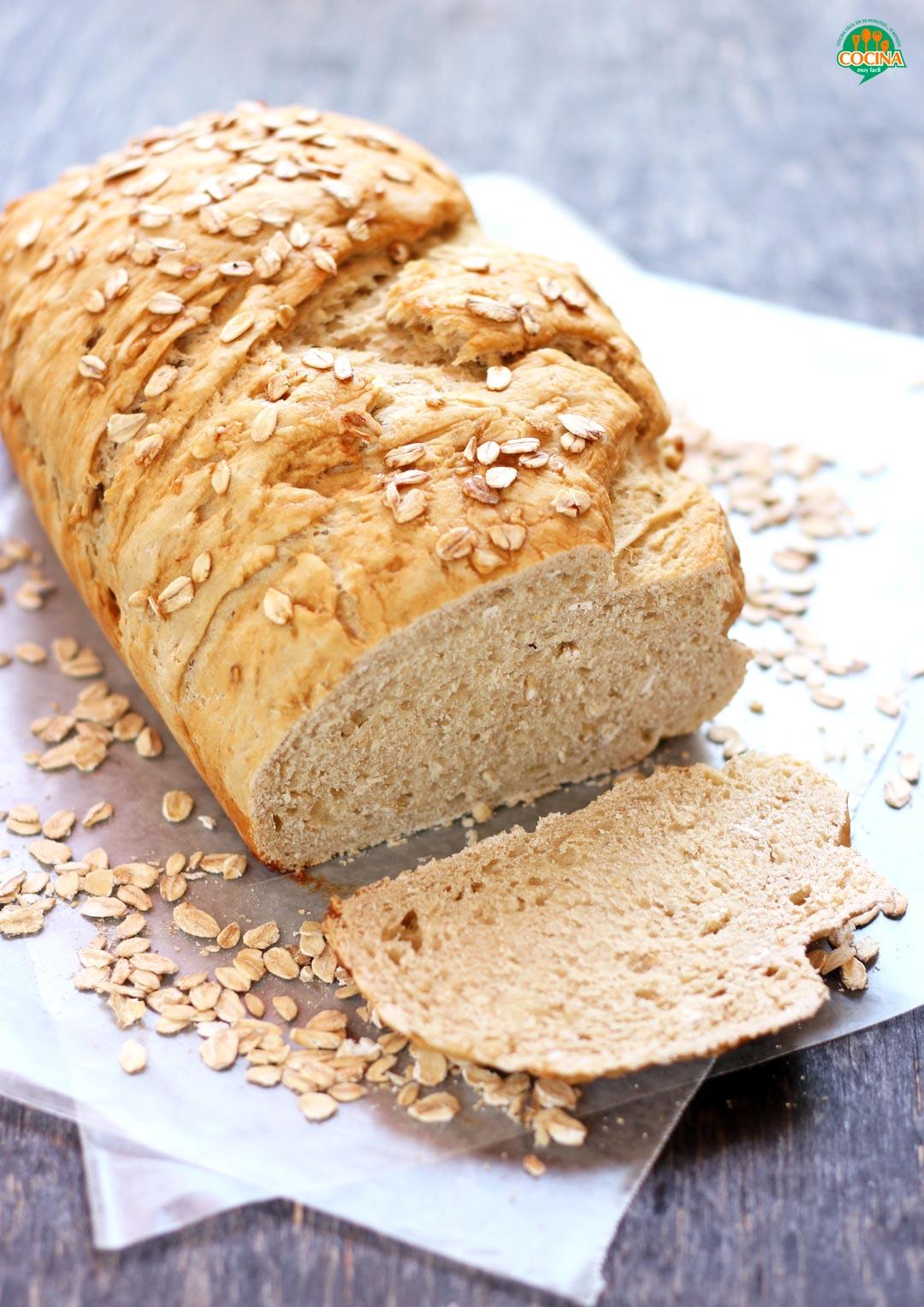 Pan de avena y miel. Receta | cocinamuyfacil.com