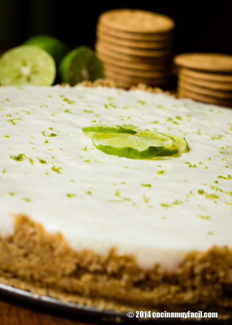 Lemon pie with cream cheese | cocinamuyfacil.com