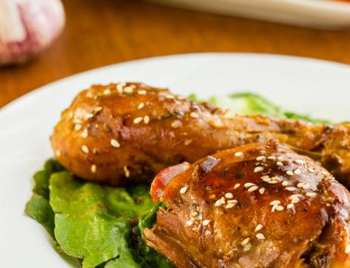 Pollo glaseado con ajo y miel. Receta