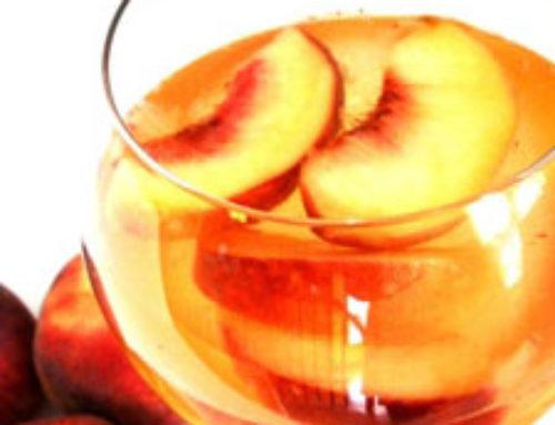 Sangría de Durazno. Bebida Italiana